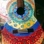 Guitarra NATY, pintada con pincel a mano